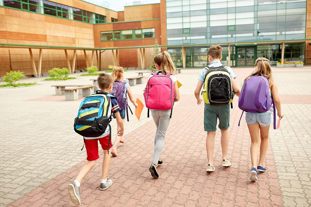 如何選擇學校招生廣告的投放時機?