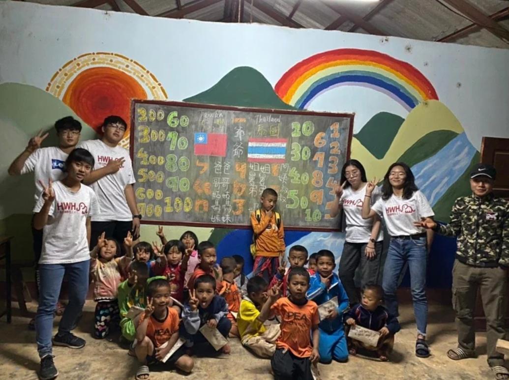 不畏肺炎疫情 勇敢前往泰北做志工 募捐款20萬元 興建學生廁所及設備